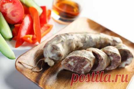 Домашние колбаски – натурально и ароматно / Простые рецепты