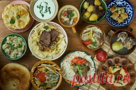 Казахские блюда - 20 простых и вкусных рецептов казахской кухни Делимся 20 рецептами вкусных казахских блюд - бешбармак, манты, палау, сырне, коктал, куырдак, манпар и многие другие! В казахской кухне очень много мяса и мучных изделий, так что она очень сытная и питательная.