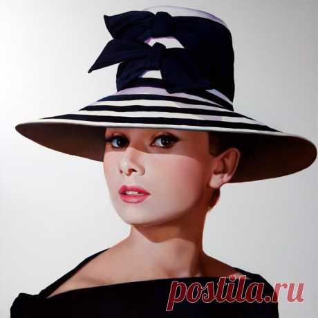 Audrey_Hepburn_4.jpg (1000×999)