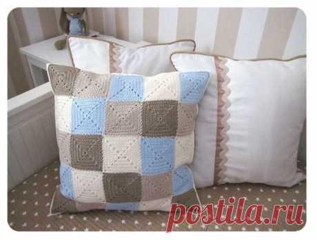 Подушка из квадратных мотивов. Мастер-класс