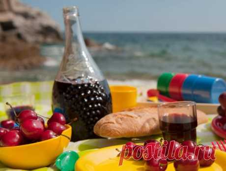 Как приготовить домашнее вино, настойку, наливку и ликер из вишни – 17 рецептов   Статьи (Огород.ru)