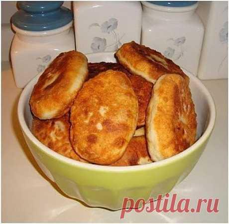 Быстрые пирожки с картошкой и мясом.
