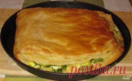 Слоеный пирог с сыром и яйцом - Повар.ру