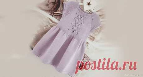 Нежно-сиреневое платье для девочки