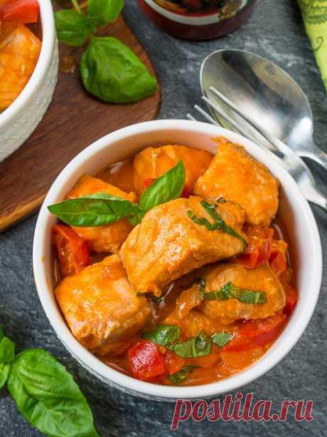 Рецепт томатного рагу из красной рыбы на Вкусном Блоге
