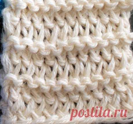 Учимся вязать на луме (Loom knitting). Урок третий: удлинённые петли и набор узелками