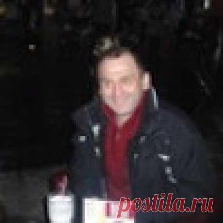 Юрий Неживой