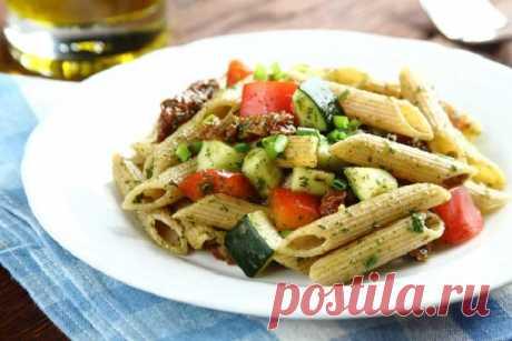 Салат с макаронами и овощами – пошаговый рецепт с фото.