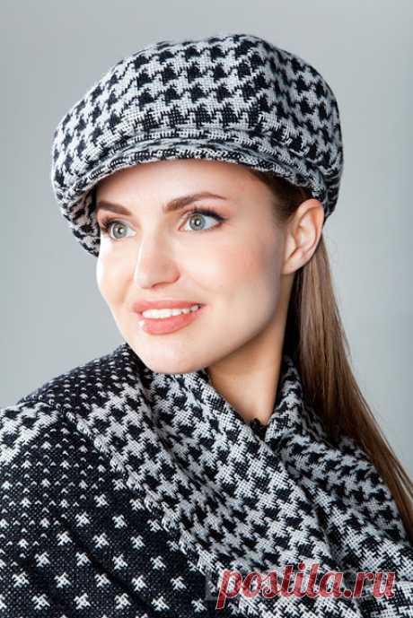 Шьём стильные кепки на весну  Кепка восьмиклинкаКепки являются достаточно древними головными уборами, однако, и на сегодняшний день их можно назвать классикой, которая никогда не выходит из моды. На сегодняшний день моделей кепок…