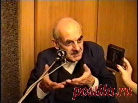 Булат Окуджава-предатель, медленно душивший Россию