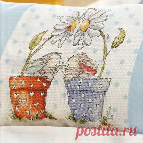 Схемы детской вышивки для одежды или постельного белья.