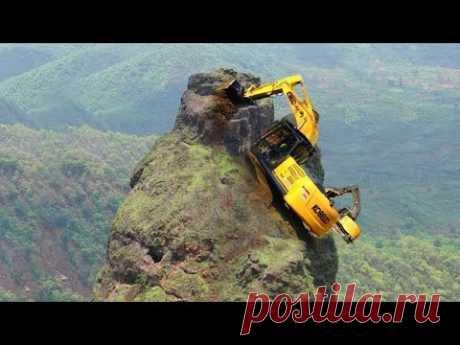 10 World Dangerous Biggest Excavator Heavy Equipment Construction Machines Climbing Fastest Working
