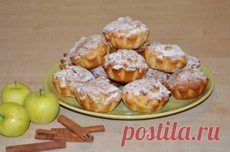 Как приготовить сочные яблочные кексы - рецепт, ингридиенты и фотографии