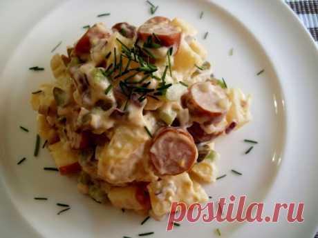 Картофельный салат с сосисками — Sloosh – кулинарные рецепты
