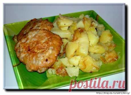 Картошка с отбивными из фарша