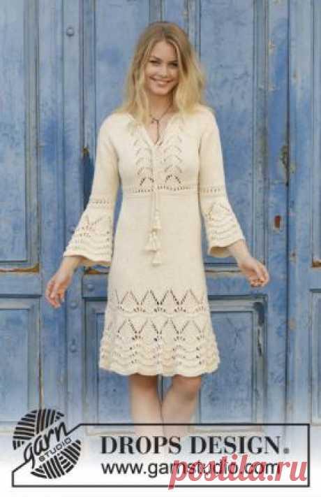 Платье Любовная история Роскошное летнее женское платье в стиле бохо, связанное на спицах 5 мм из хлопковой пряжи грязно-белого цвета.