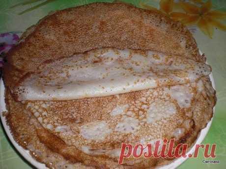 Нежнейшие блины на кефире с кипятком  Ингредиенты:  Мука — 1 стакан Кефир — 1 стакан Кипяток — 1 стакан Яйцо — 2 шт. Сахар — 1,5-2 ст.л. Сода — 0,5 ч.л. Растительное масло — 2 ст.л. Соль — 0,5 ч.л.  Приготовление:  1. Яйца взбиваем с солью. 2. Добавляем кипяток, не прекращая взбивать Вливаем кефир. 3. Просеянную муку смешиваем с содой. Добавляем к нашей жидкости, кладем сахар, растительное масло. 4. Все хорошо перемешиваем, чтобы не было комочков. 5. Оставляем тесто на 10 ...