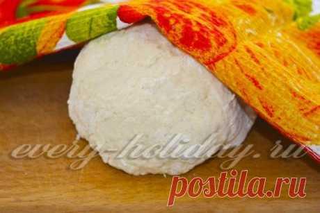 Быстрое тесто на воде и соли без яиц, рецепт с фото