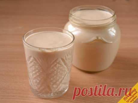 Топленое молоко и ряженка в мультиварке. Топленое молоко – это моя сказка из детства. Бабушка доставала кринку из печи, и первое, что я делала, - съедала коричневую румяную пенку, м-м-м, какая вкуснотища! А само молоко… Вот как назвать его ц…
