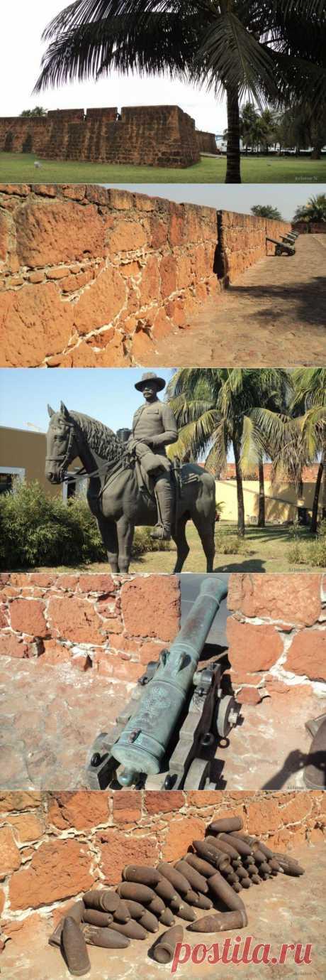 aviator_n - Музей военной истории - Португальская крепость в Мапуту.