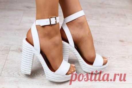 Белая обувь — хит сезона — Женский Гид