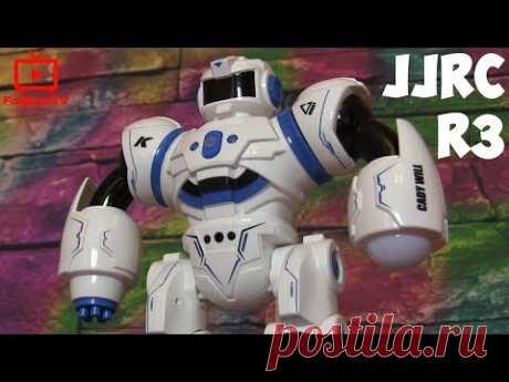 Интерактивный робот на радиоуправлении JJRC R3 CADY WILL умеет говорить, шагать и скользить, воспроизводить музыку и танцевать. CADY WILL понимает язык жестов и реагирует на прикосновения. Его можно запрограммировать на последовательное выполнение множества команд.  Ну и, так как это боевой робот, то в его арсенале имеется лазерная пушка и ракетная установка. Кроме того, этот вояка чрезвычайно вынослив и может работать без подзарядки до 2 часов.