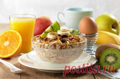 Лучший завтрак для тех, у кого выпирает живот (супруг завтракает только так). Тайный ингредиент сделает тебя стройной. Проблемы с лишним весом — последствия неправильного питания. Многое в фигуре можно изменить, если хотя бы один из приемов пищи сделать правильным. Завтракая, мы запускаем работу кишечника на весь день