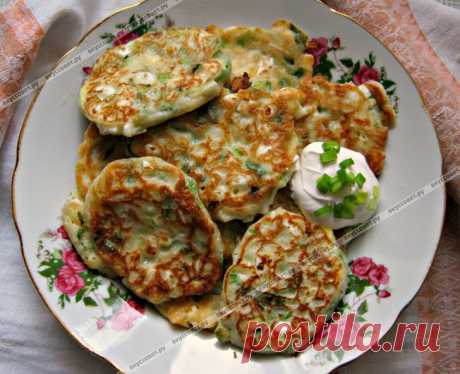Оладушки с яйцами и зелёным луком пошаговый рецепт с фото