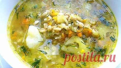 Постный рассольник с рисом и чесноком, рецепт с фото Блюдо понравится тем, кто придерживается вегетарианского питания или сидит на диете.