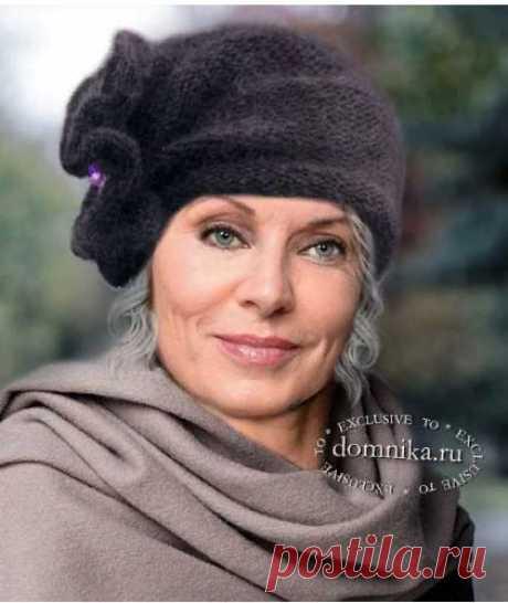 Оригинальная вязаная шапочка отлично подойдет для дам старшего возраста. Вязать такую шляпку довольно просто, а результат получается очень эффектный. Описание вязания рассчитано на обхват головы 55…