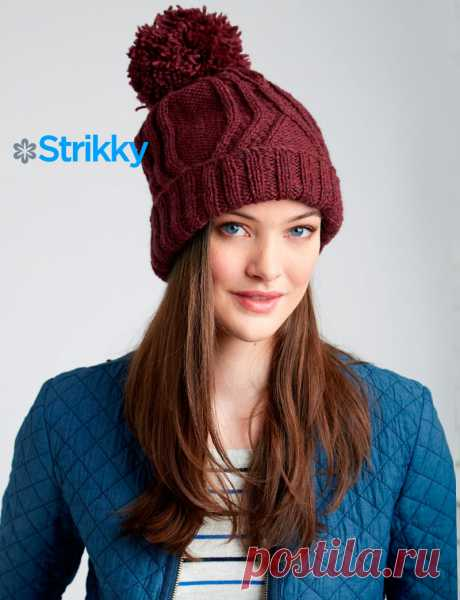 Красивая шапка с отворотом и помпоном от Patons.