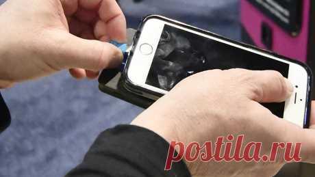 Названы четыре правила зарядки смартфона Специалисты рассказали о четырех основных правилах зарядки смартфона, при соблюдении которых мобильное устройство будет работать дольше. Об этом сообщает «Федеральное агентство новостей».