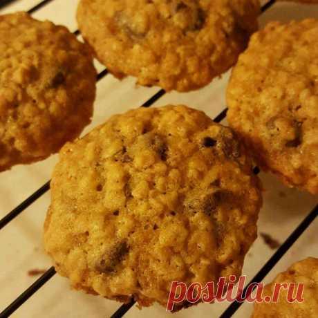 Рецепт: Мягкое овсяное печенье с шоколадом - все рецепты России