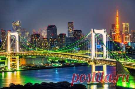 Жизнь в Токио глазами очевидца Токио — гигантский ультрасовременный мегаполис, в котором по-хорошему надо прожить несколько месяцев, чтобы увидеть хотя бы половину его достопримечательностей. Описать Токио невозможно, как и постичь…