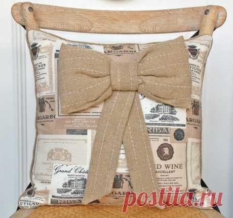 «Оригинальная подушка на спинку стула для кухни» — карточка пользователя Galina12.88 в Яндекс.Коллекциях