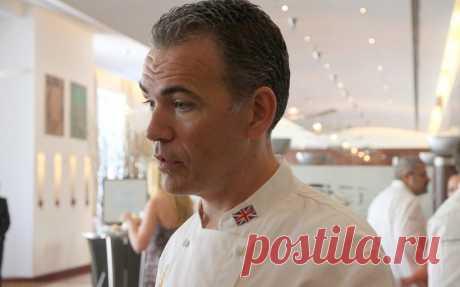 Шеф-повар рассказал о новом любимом блюде королевы Елизаветы II - остром супе | Новости в России и мире