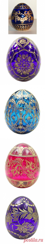 Яйца Фаберже из хрусталя