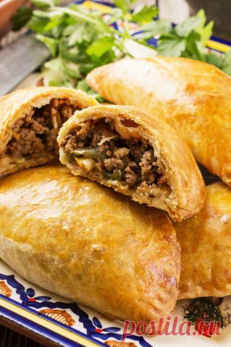 СМОТРИТЕ: Изысканное кушанье на каждый день: румяные пирожки с мясом и черносливом