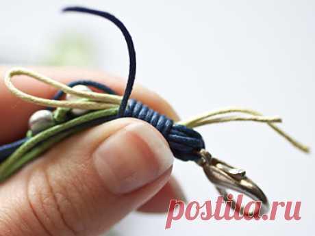 Многорядные бусы на вощеных шнурах: как сделать аккуратный узел? – Ярмарка Мастеров
