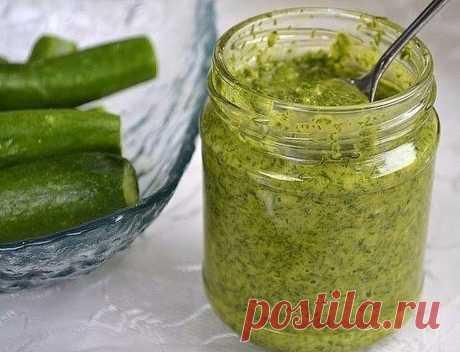 УКРОПНЫЙ СОУС - Супер добавка для многих блюд! Зелень для любого блюда — своеобразная изюминка, а укроп — ароматный, свежий,...
