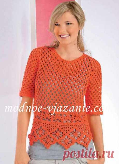 Пуловер с кружевной каймой