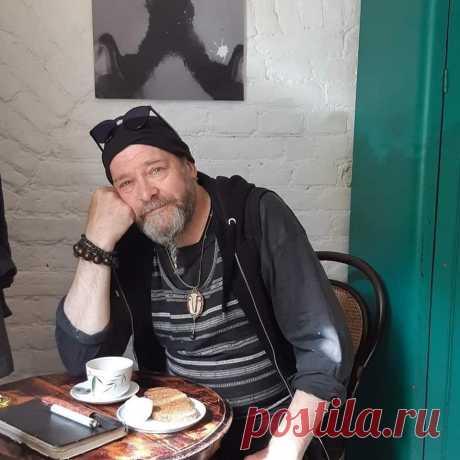 Осиротевший ангел: Роман Шустров скончался от ковида - Все интересное в искусстве и не только. — LiveJournal