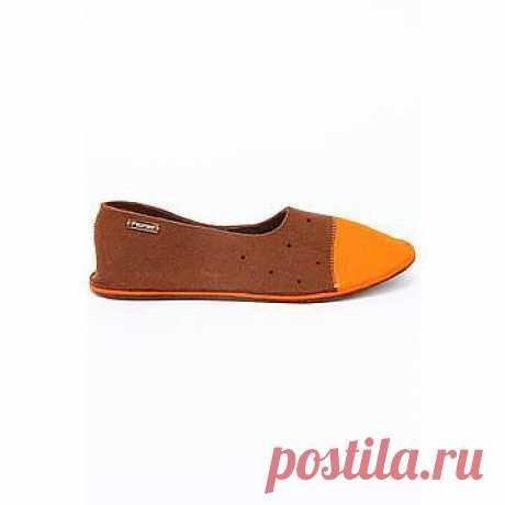 Сумки, украшения, обувь, аксессуары из войлока — это новое веяние в России, стремительно вошедшее в моду всего несколько лет назад. Легкие, благородные и необыкновенные по текстуре и дизайну, войлочные аксессуары от Feltimo стали достойным соперником уже привычным аксессуарам массового спроса из кожи и текстиля