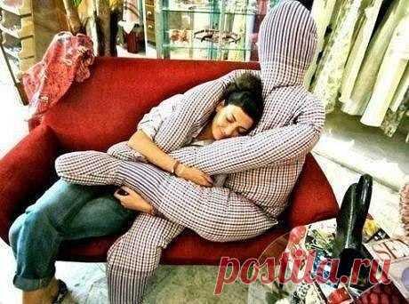 Подушка-обнимашка: смешные идеи — DIYIdeas