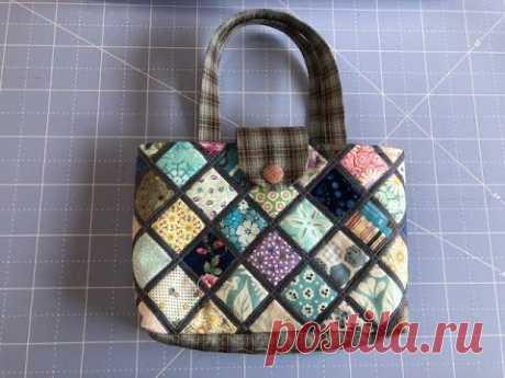 Миниатюрная сумка  с квадратным витражом.