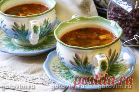 Мясной суп с фасолью и жареным беконом. Рецепт с фото