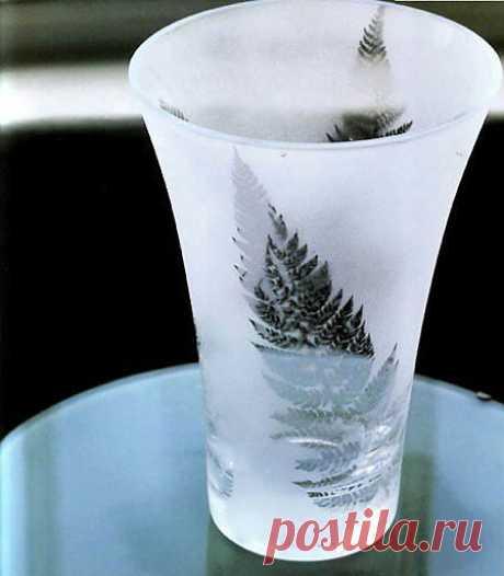 Эффект замороженного стекла своими руками. Обновляем вазу.