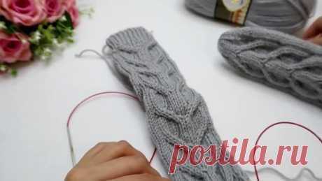 Простые носки спицами с бразильской косой Мастер класс