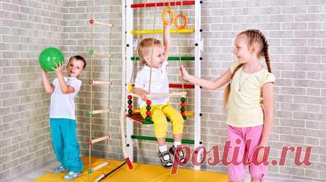 6 советов, как правильно выбрать шведскую стенку для детей в квартиру Шведская стенка для детей в квартиру – это увлекательный тренажёр, заниматься на котором могут все члены семьи. Благодаря универсальной конструкции её можно дополнять кольцами, канатом и турником. Прививать любовь к физическим нагрузкам нужно с раннего детства, они важны для гармоничного развития малыша. Заботливые родители должны предусмотреть место в квартире для установки ДСК, благодаря которому ребён...
