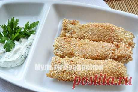 Семга в кунжуте | Мультиповаренок 4-5 лососевых стейков; 2 желтка; 3 ст. ложки муки; 1 ст. кунжутных семечек; Соль и лимон; Масло pастительное для жаpки